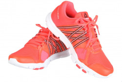 Dámska športová obuv Rebook P5779