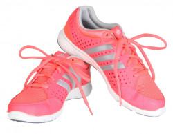 Dámske bežecké topánky Adidas Performance Revenge P5774