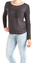 Dámske čierne tričko s kapsičkou Eight2Nine W0758