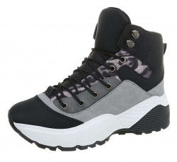 Dámske štýlové botasky Q3751