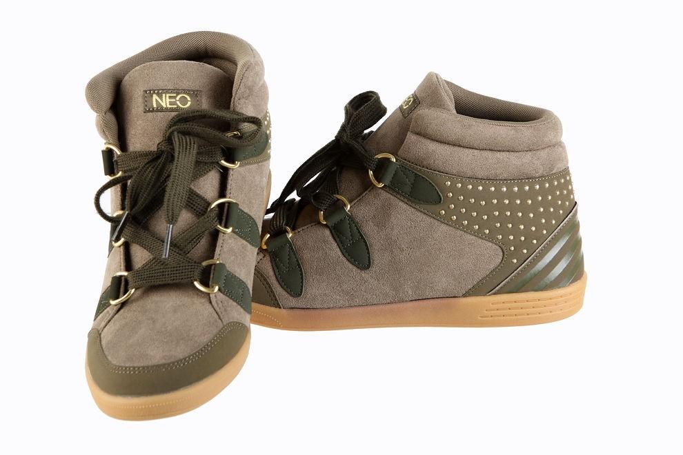Dámska obuv Adidas Neo Label P5672 - Dámske športové tenisky - Locca.sk 18f7182da2c