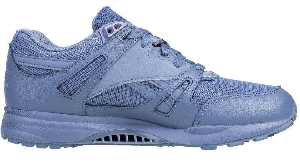 cf2d2ef85 Dámske športové topánky Reebok A0602 - Dámske športové tenisky ...