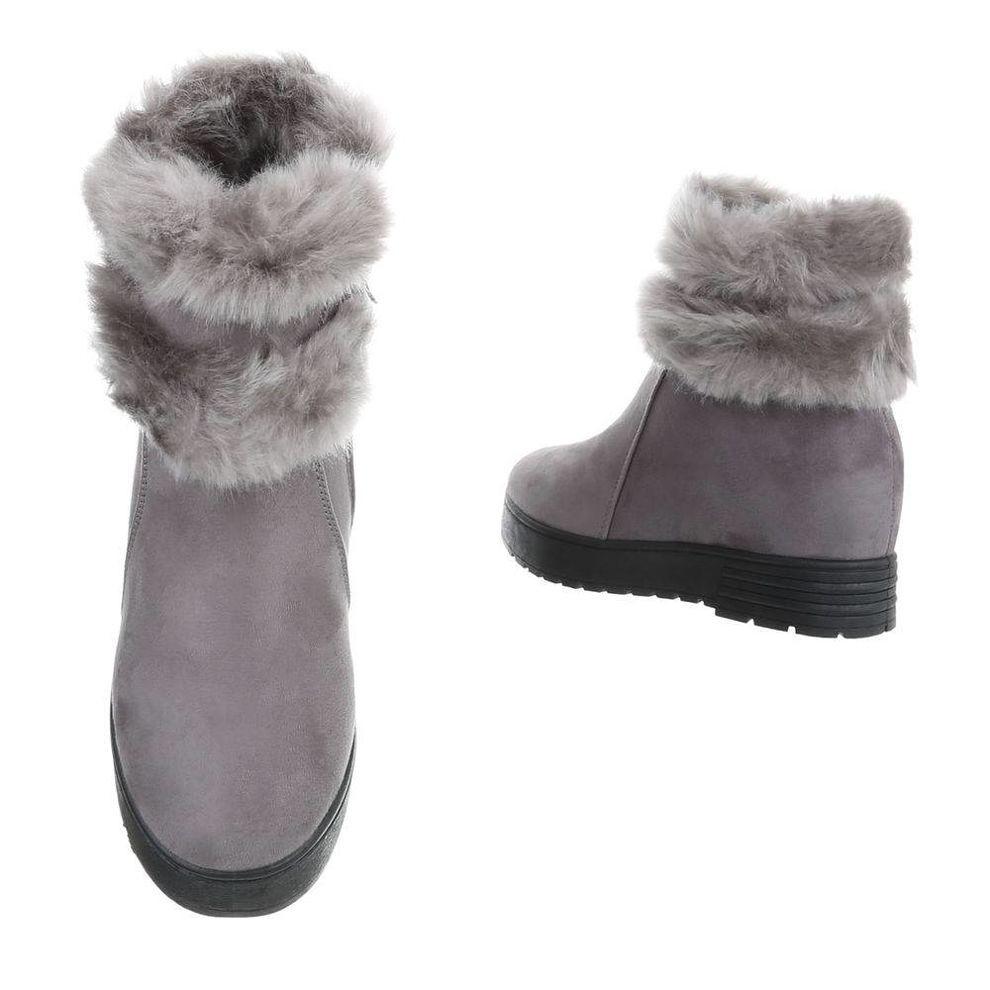 68508f6a4ba9d Dámske vysoké zimné topánky s kožušinou Q0154 - Čižmy trendové ...