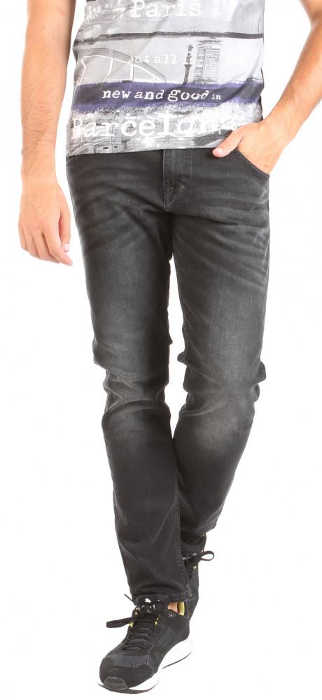 39d95b627a48 Pánske čierne jeansové nohavice Mustang W0985 - Pánske rifle - Locca.sk