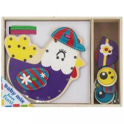 Drevená prepletacia hračka Baby Mix Kuriatko podľa obrázku