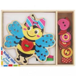 Drevená prepletacia hračka Baby Mix Včielka podľa obrázku