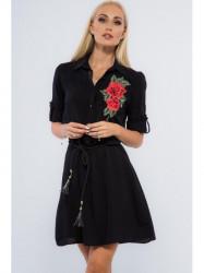 Čierne mini šaty s nášivkou