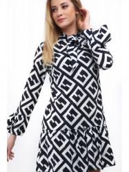 Čierno-biele dámske šaty so vzormi 3943