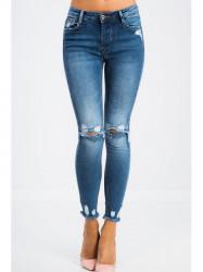 Členkové jeansy s roztrhanými kolenami