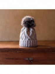 Dámska čiapka s brmbolcom, béžová
