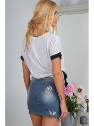 Riflová sukňa s nášivkami