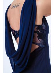 Šaty s dekoratívnym výstrihom na chrbte G5016, tmavo modré