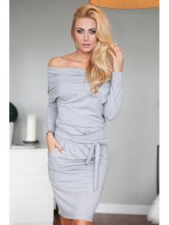 Sivé šaty s odhalenými  ramenami