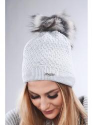 Svetlo sivá dámska čiapka C16