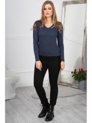 Tmavo modrý sveter s ozdobným šifonom