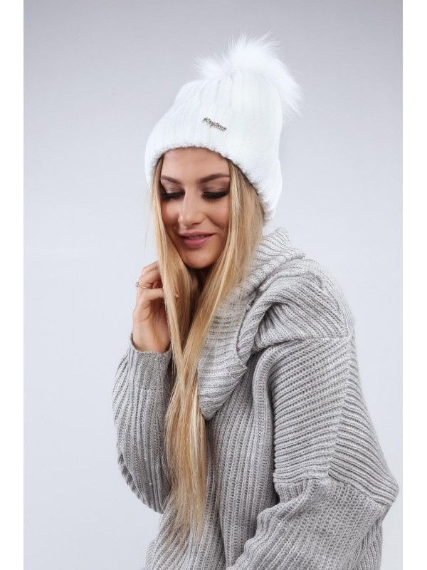 Biela dámska čiapka C1