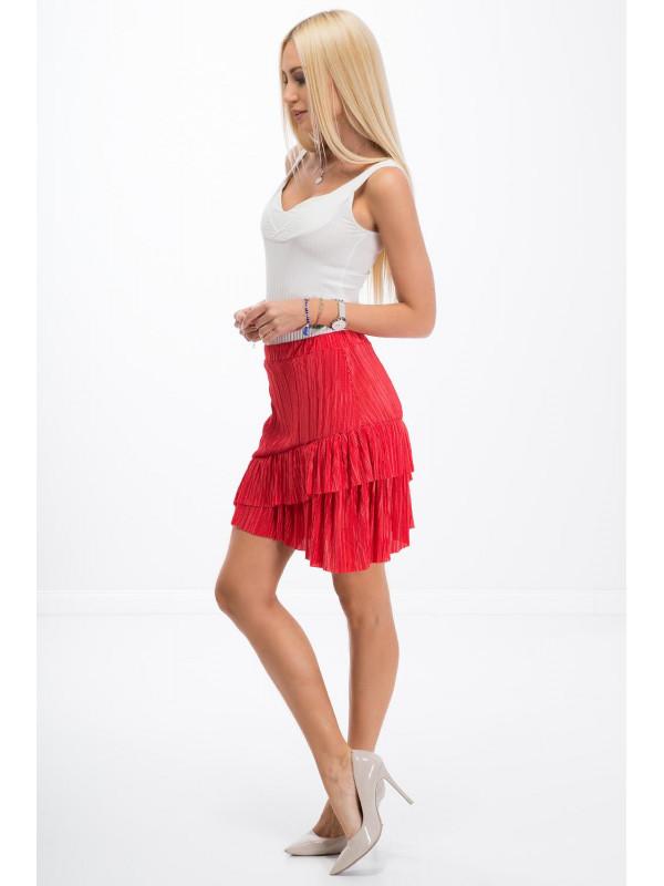 03d2751e8206 Červená skladaná sukňa - Moderné sukne - Locca.sk