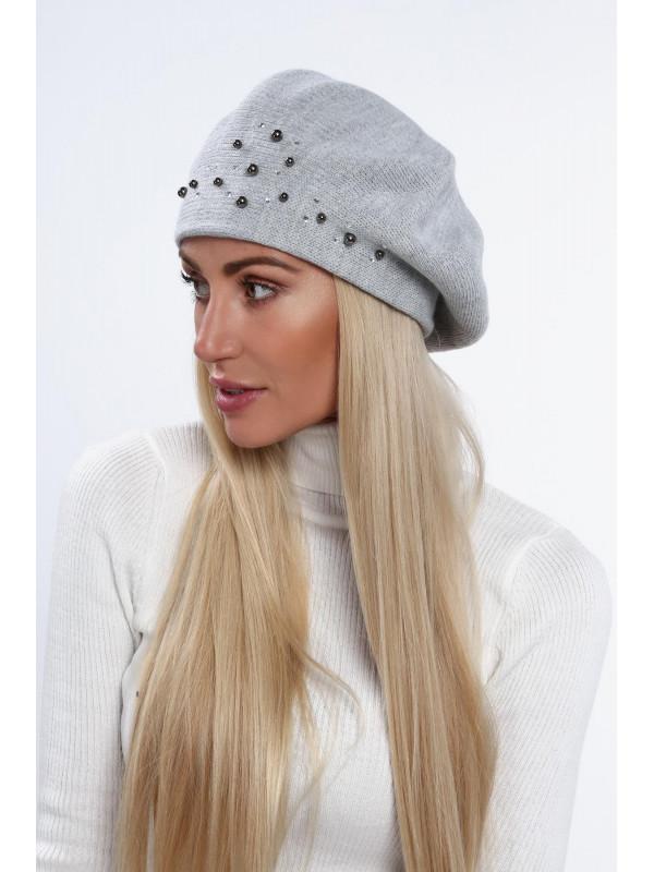974f4008d Dámska baretka na zimu C26, svetlo sivá - Dámske čiapky - Locca.sk