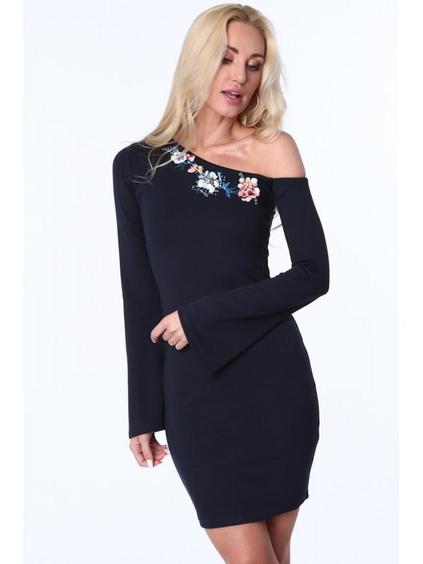 6eae03ae87c2 Dámske šaty s odhaleným ramenom MP60321