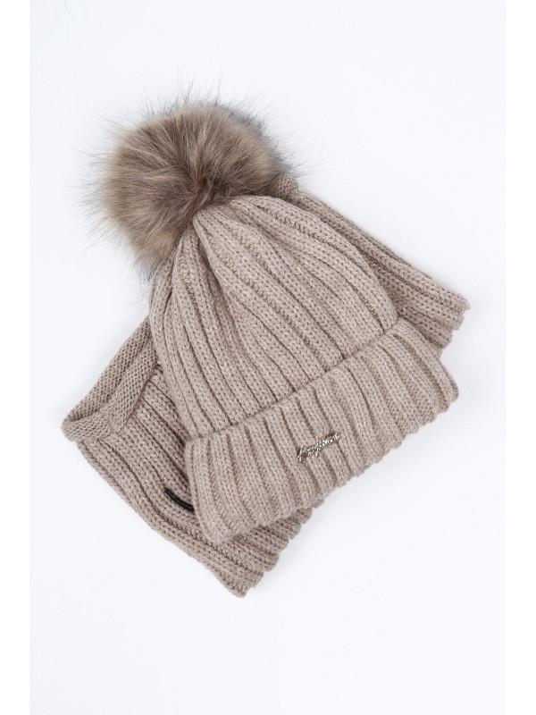 e0d2eaa6c Hnedý set čiapka + šál C21 - Dámske čiapky - Locca.sk