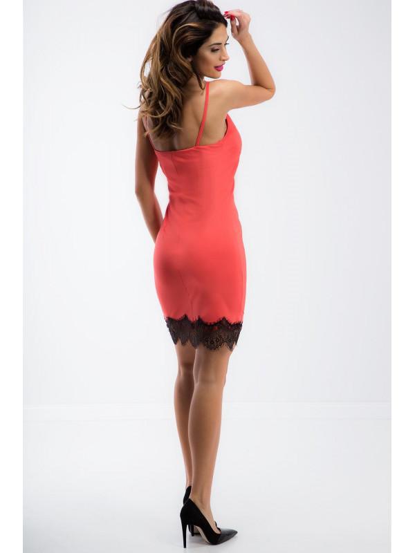 44300ec8a165 Korálové šaty s čipkou - Dámske ležérne šaty - Locca.sk