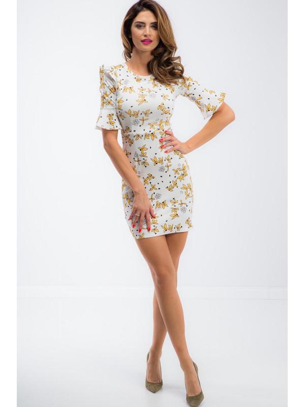 63e3caaa3b9b Krémové šaty so žltými kvetmi - Dámske letné šaty - Locca.sk