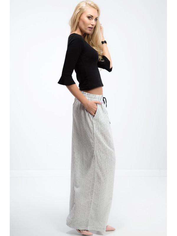 Trendy krémové nohavice s čiernymi pásikmi