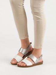 Dizajnové strieborné dámske  sandále bez podpätku