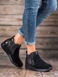 Klasické  členkové topánky  dámske