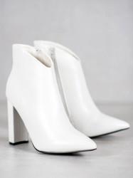 Krásne   členkové topánky dámske