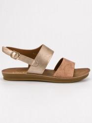 Krásne zlaté dámske  sandále bez podpätku