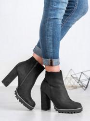 Moderné  členkové topánky  dámske