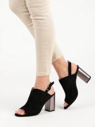 Módne čierne dámske  sandále na širokom podpätku