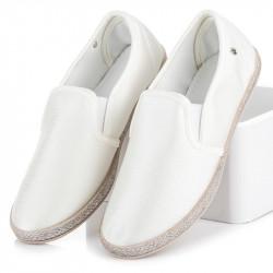 Módne dámske  tenisky biele bez podpätku