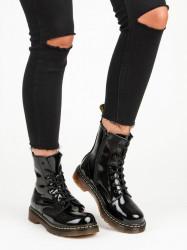 Originálne dámske čierne  členkové topánky na plochom podpätku