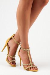 Otvorené žlté sandále s perličkami
