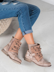 Pekné  dámske  členkové topánky