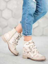 Pohodlné  členkové topánky  dámske