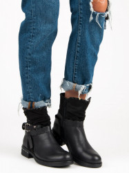 Trendy dámske čierne   na plochom podpätku