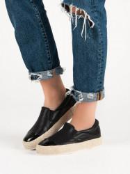 Trendy  tenisky čierne dámske bez podpätku