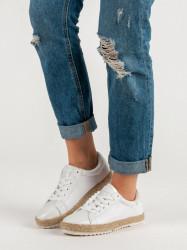 Zaujímavé biele dámske  tenisky bez podpätku