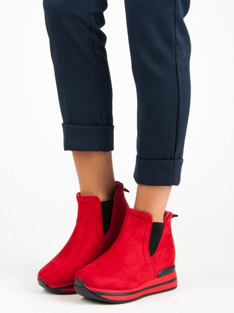 e84545727fdd9 Červené dámske topánky na platforme - Dámske topánky - Locca.sk