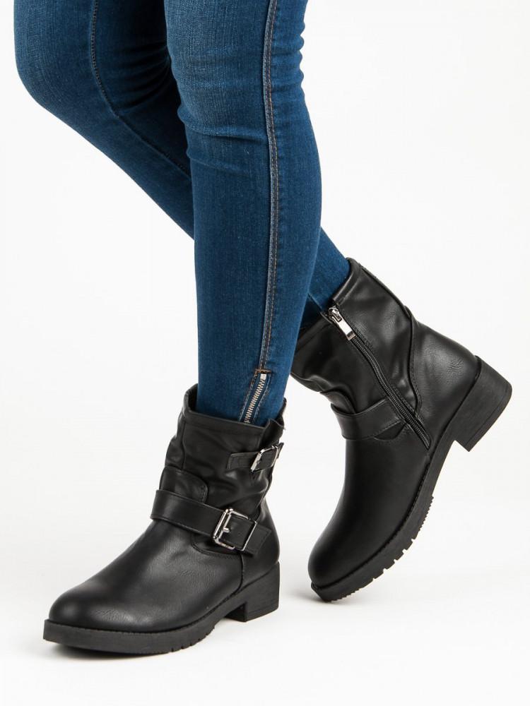34734b60df Čierne členkové topánky s prackou - Dámske topánky - Locca.sk