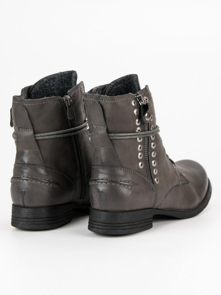 17300e9e6c Komfortné dámske strieborné na plochom podpätku - Dámske topánky ...