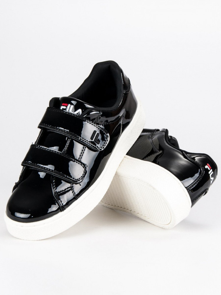 7d420745f116 Lesklé čierne tenisky od značky Fila - Dámske členkové tenisky ...