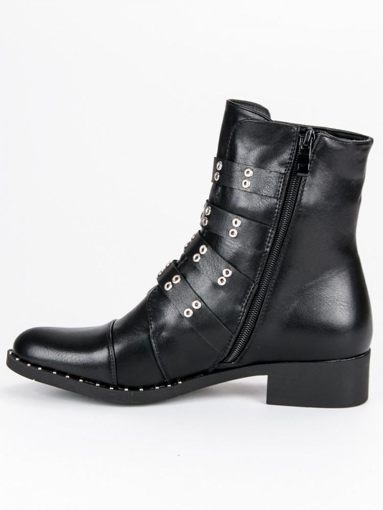6e7e17313673c Luxusné čierne členkové topánky s prackami - Dámske topánky - Locca.sk