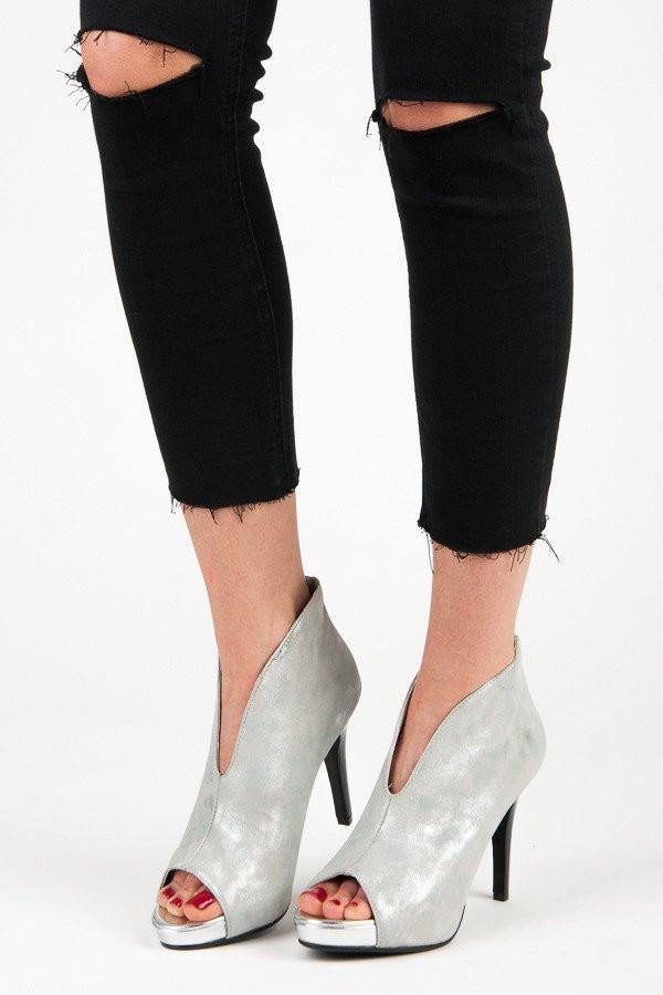 a08d86b10c0f Luxusné strieborné sandále s otvorenou špičkou - Dámske topánky ...