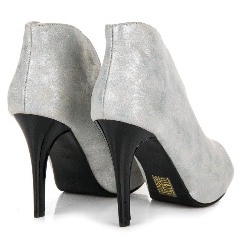 9fbd91107bdd Luxusné strieborné sandále s otvorenou špičkou - Dámske topánky ...