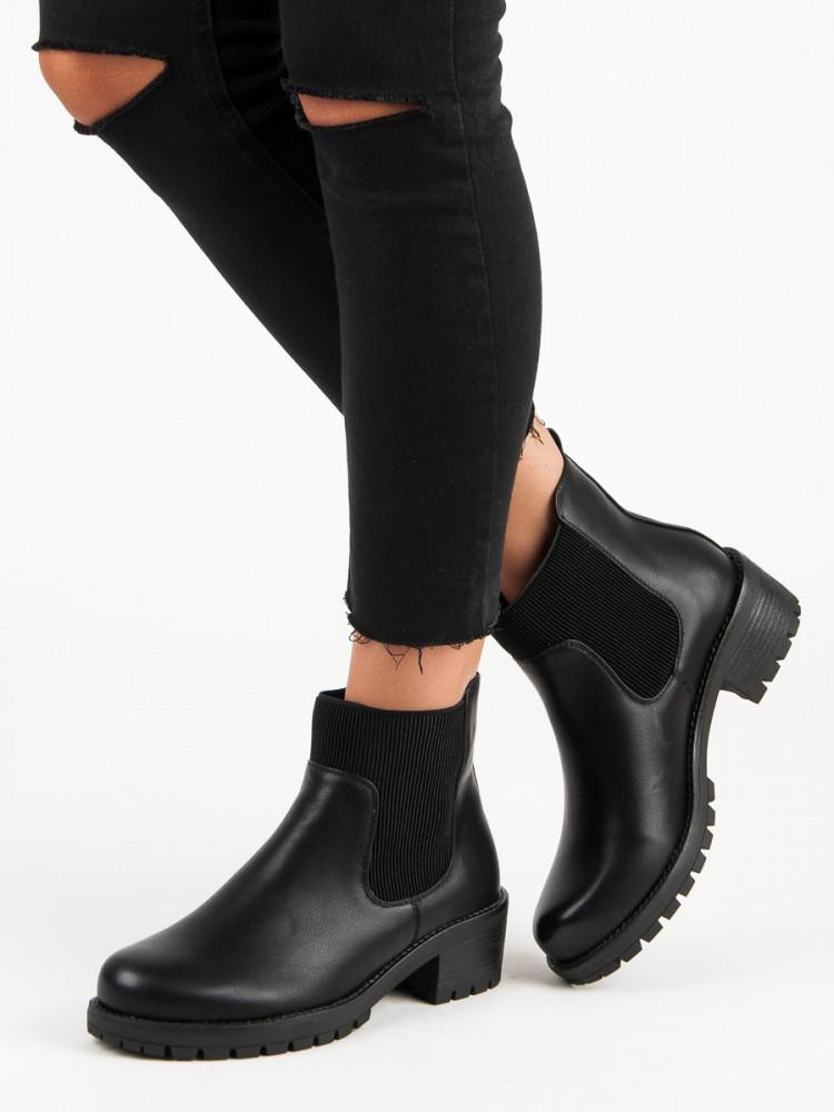 044b216faef1 Moderné čierne členkové topánky na podpätku - Dámske topánky - Locca.sk
