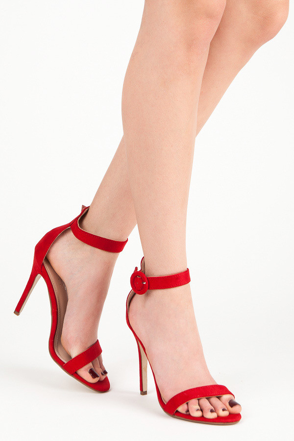 3da422cb8dc7 Rozkošné červené sandále na vysokej ihle - Dámske sandále - Locca.sk